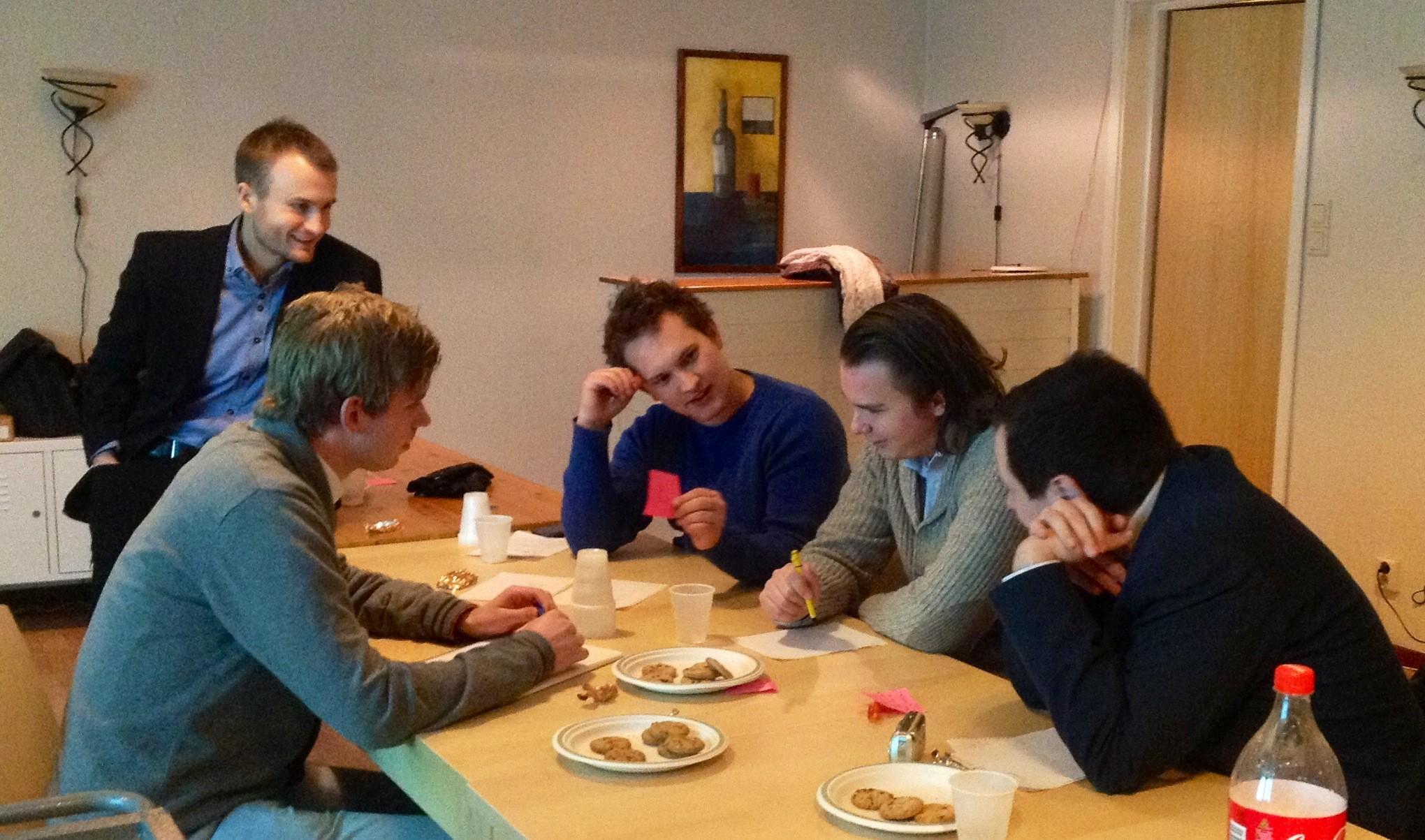 Workshop hvor medlemmene kan prøve ut den nye kunnskapen i praksis. Foto: Mirza Mujic